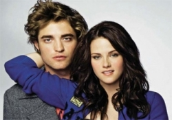 gioca a Edward e Bella Eclipse Dress Up